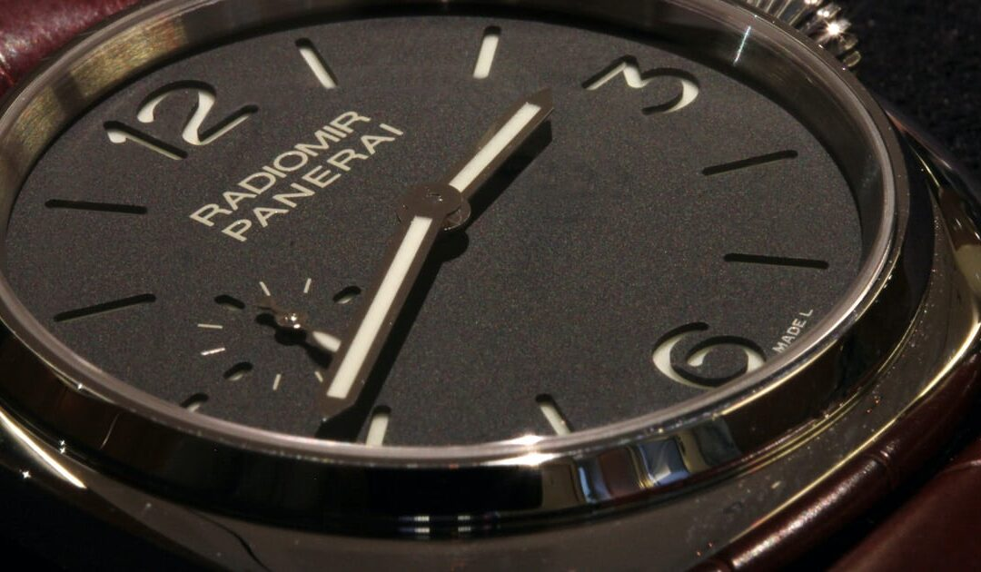 Hands-On With The Panerai PAM 337 – The 42mm Radiomir (Live Pics)